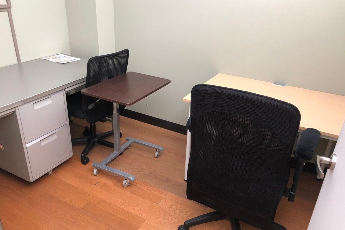 Wi-Fi完備!ブース席のシェアオフィスレンタルでテレワーク(F) の写真