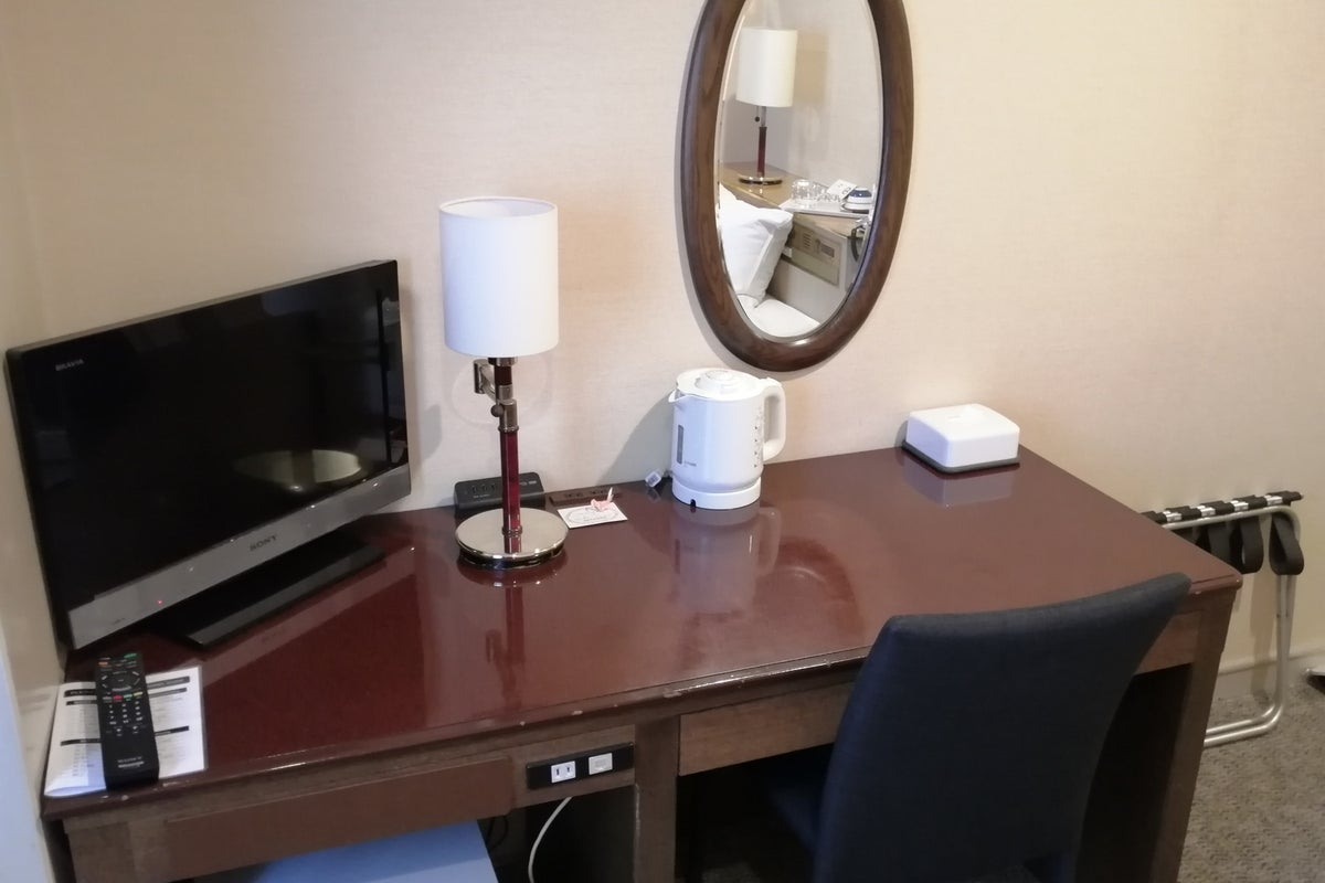 【浅草セントラルホテル・シングルルーム 禁煙】即利用可/毎回清掃/Wi-Fi有/テレワーク応援/リモート会議/22型液晶TV の写真