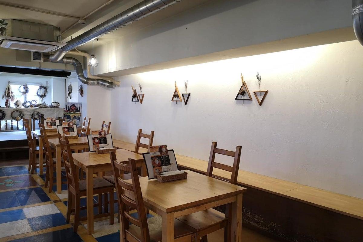 <トアウエストのナチュラルテイストなカフェスペース>元町駅から徒歩3分!イベントやパーティー、展示会、ポップアップなどに! の写真