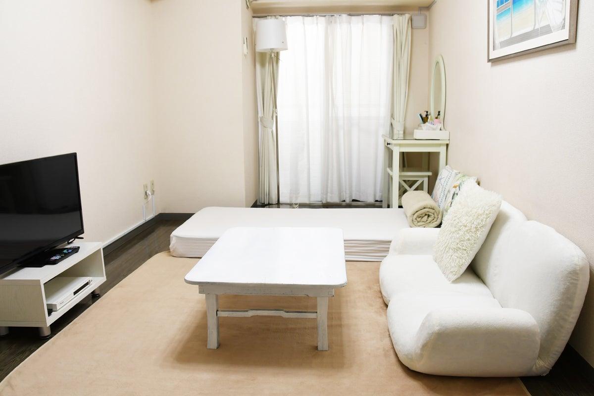 【ワンルーム横浜 214】横浜駅徒歩7分!お家デート・女子会・誕生日に。綺麗清潔、毎日清掃。商用利用可能、キッチン&お風呂付き! の写真