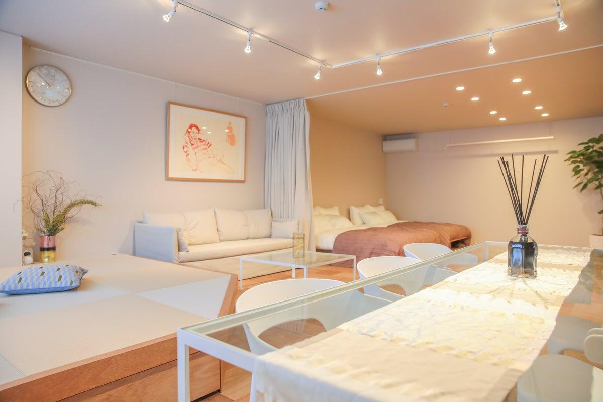 【D3 Hotel 2F】福島エリアのアート&デザイナーズハウスのワンフロア(2階)丸々貸し切り☆Netflix☆ の写真
