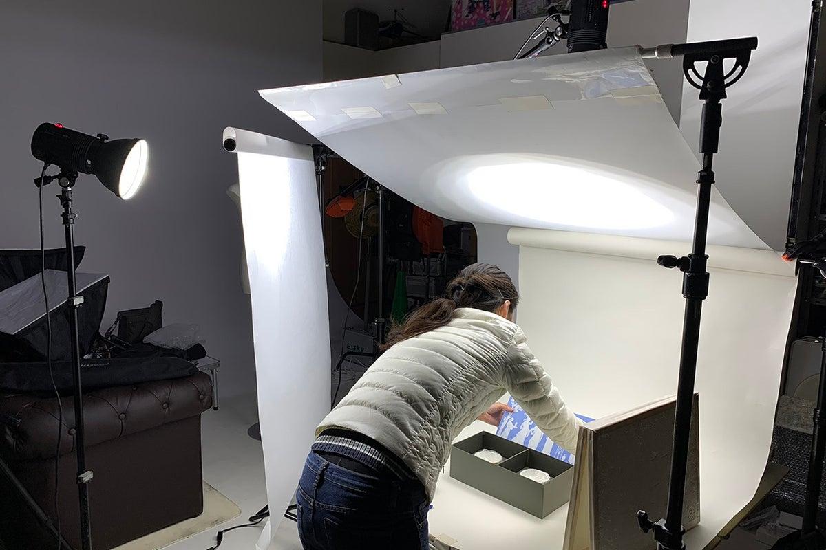 撮影に特化した専用のスペース。照明機材も揃っております。 の写真