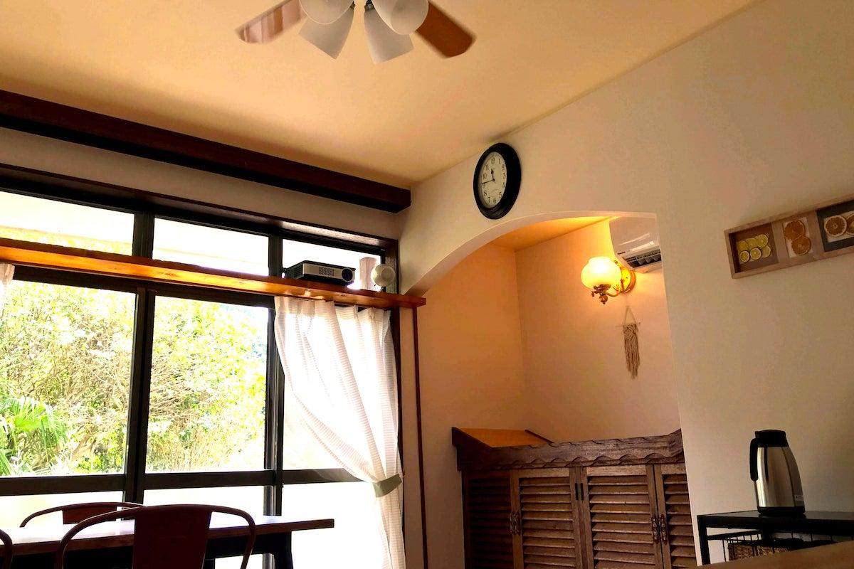 天草農工房ふぁおの宿:カフェをワーケーション用のオフィスに の写真