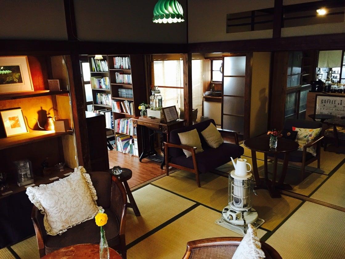 【江ノ島】海から10分。古民家を改装したお洒落な喫茶店 の写真