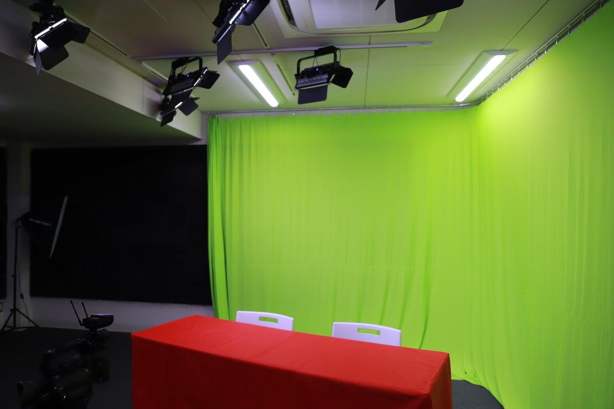 ライブ配信・オンラインセミナー、企業向け動画撮影 の写真