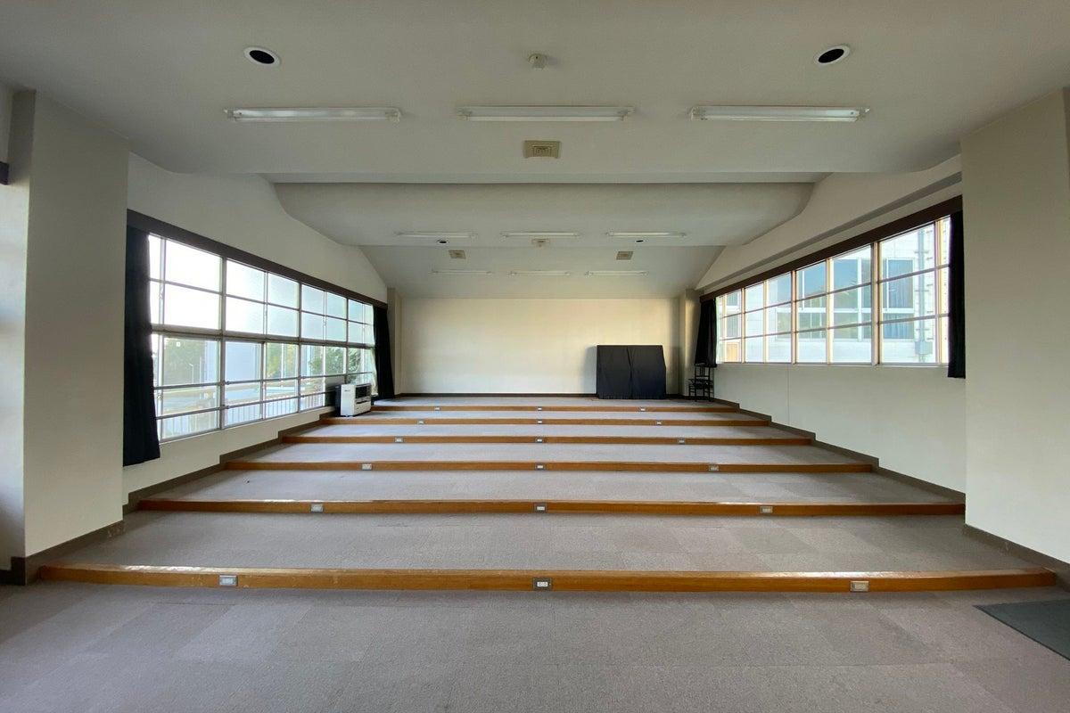 シアターコモンズ【音楽教室】 音楽イベントや企業のプレゼン会場に最適です の写真