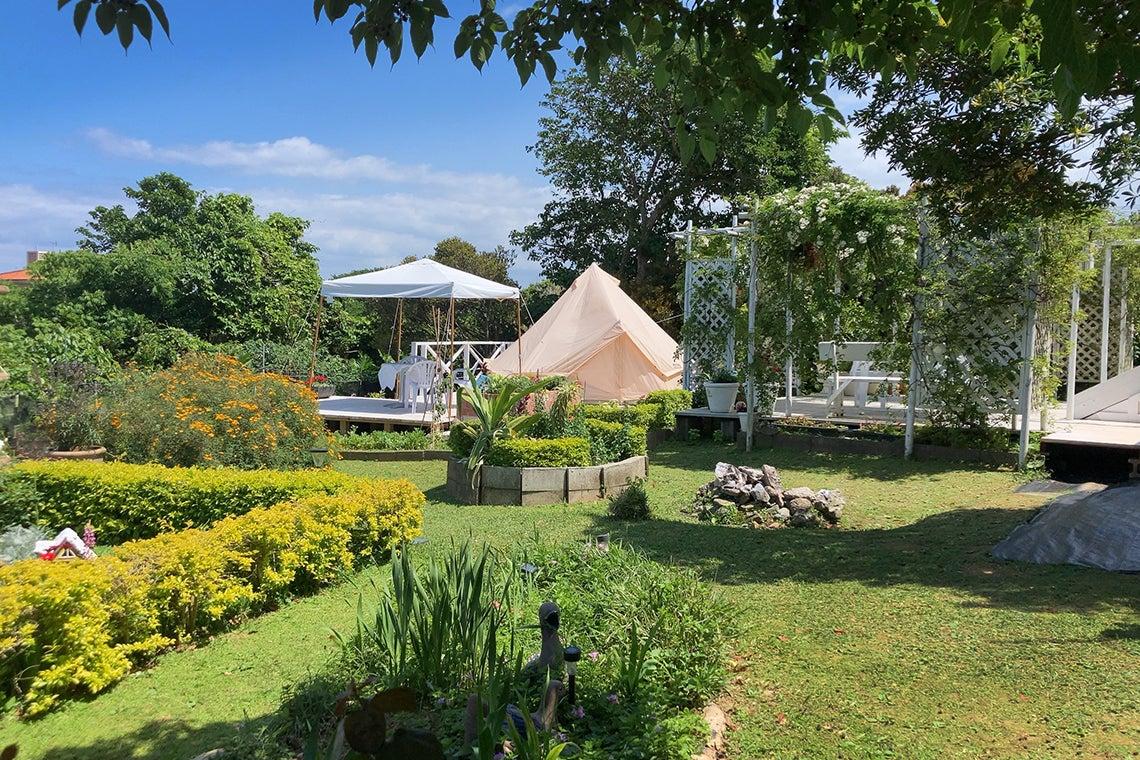 【ガーデン付】今帰仁村を一望!敷地まるごと利用で、撮影やパーティー、講習会利用など使い方色々。 の写真