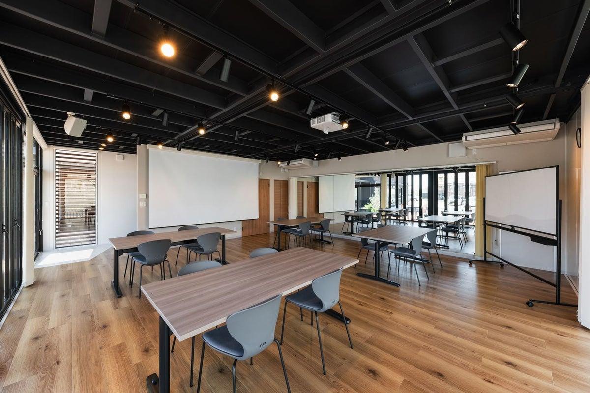 【多目的スペース】✨U-SPACE垂水海岸通店✨ダンススタジオや会議利用に♪無料Wi-Fi/神戸市/垂水区 の写真