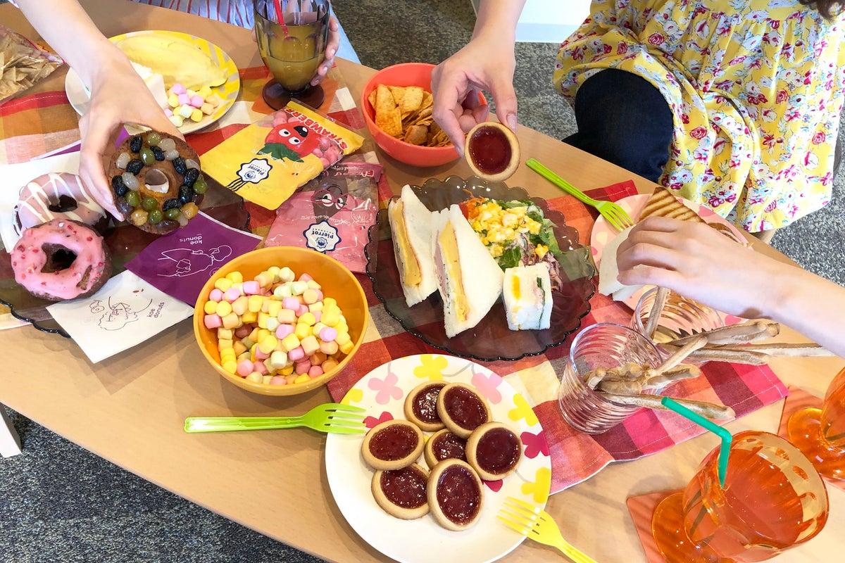 【五条坂】①キッチン付き😊広いお部屋でママ会👶女子会💖誕生日会🍰Web会議💻などに! の写真