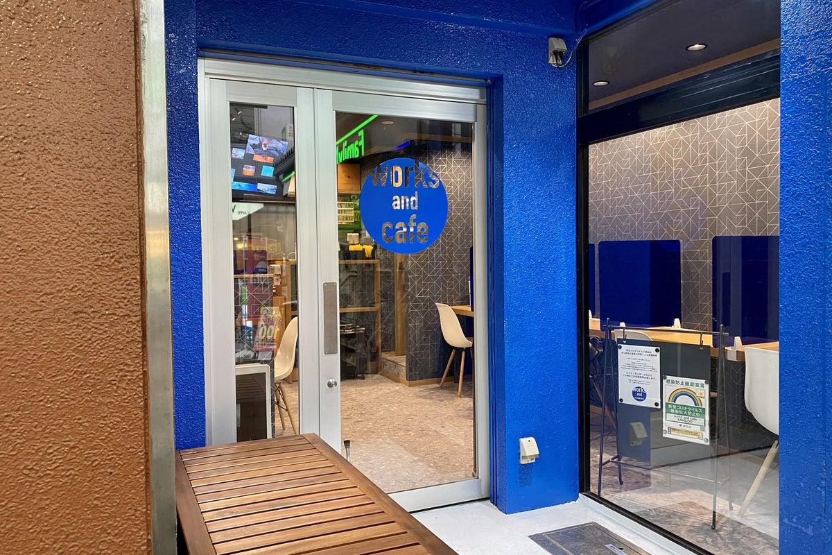 JR亀戸駅の超駅前徒歩3秒の小型スペースカフェ!PR・サンプリング・物販・イベントに最適! の写真