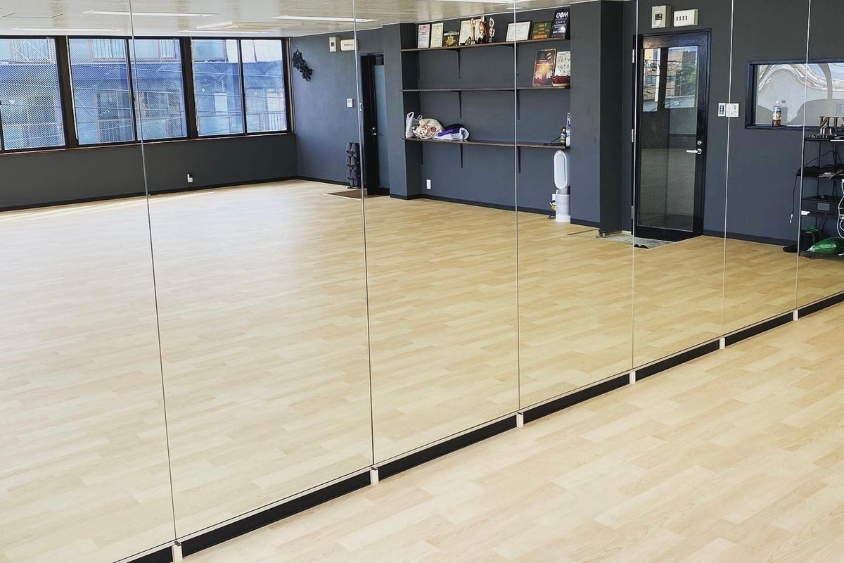 寝屋川市から徒歩3分のダンススタジオ! の写真