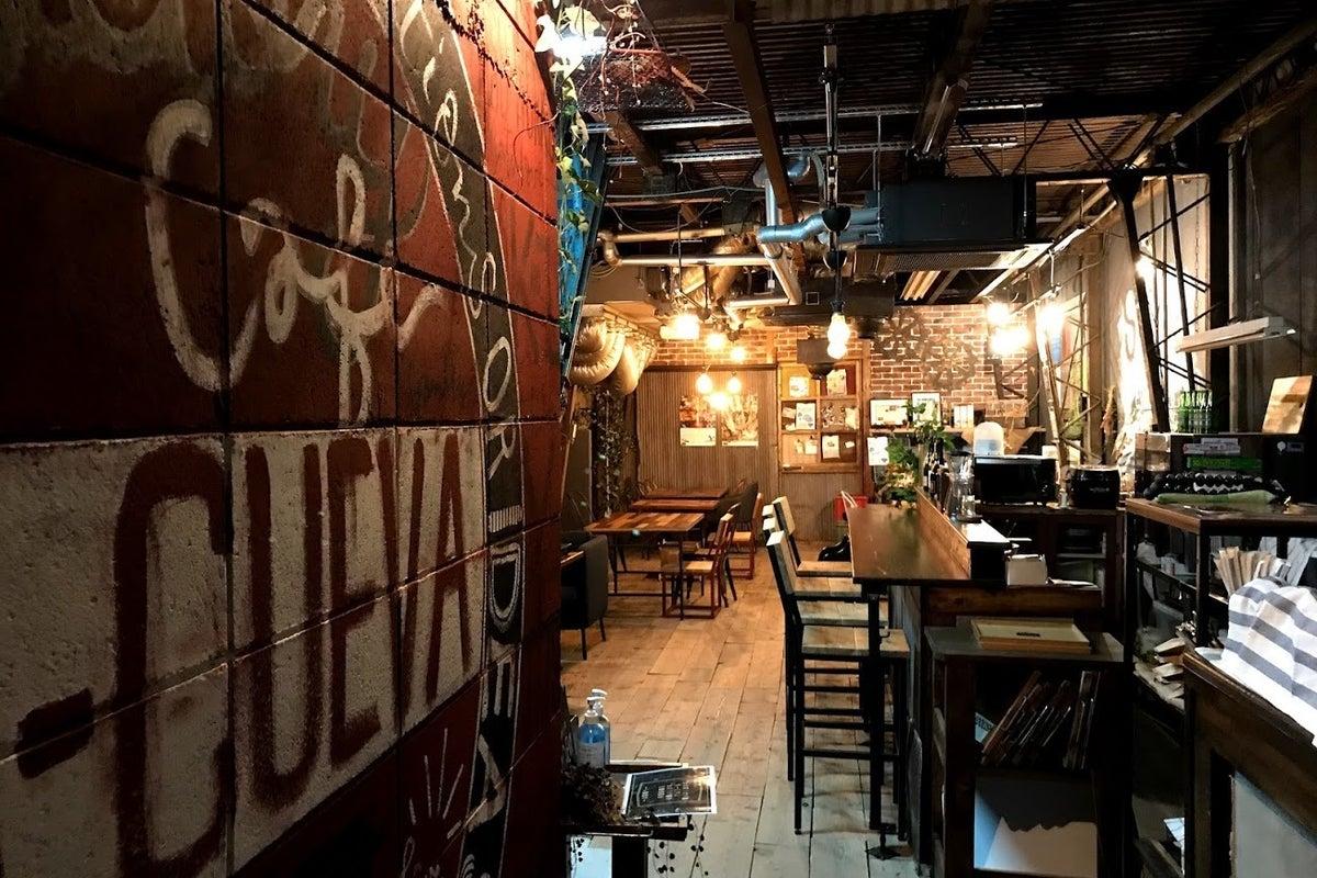 大阪平野で町工場をリノベしたカフェ。動画撮影/動画配信/コスプレ撮影/ライブなどに! の写真