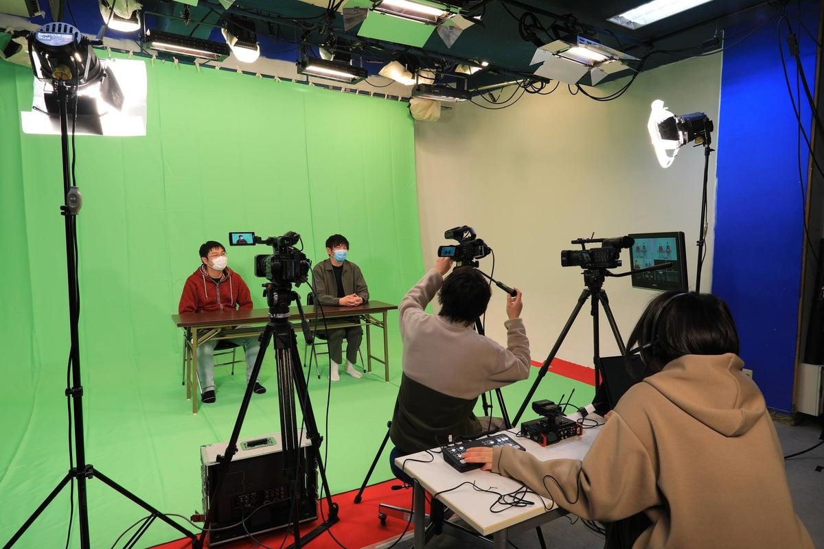 【COXスタジオ】撮影・ライブ配信(機材・スタッフ一式あり)TV生放送でも使用している多目的収録スタジオ(駐車場あり)  の写真