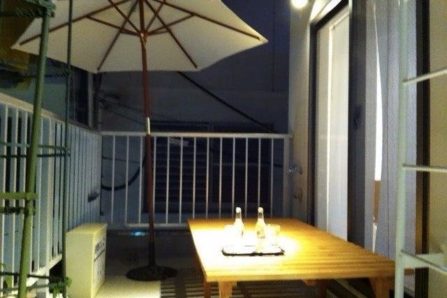 心斎橋の中心で愛を叫んでもOK!隠れ家風カフェの3Fテラス の写真