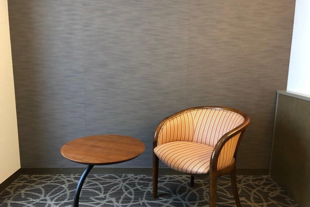 【浅草セントラルホテル・アネックスワーキングルーム2】即利用可/毎回清掃/Wi-Fi有/テレワーク/リモート会議/22型液晶TV の写真