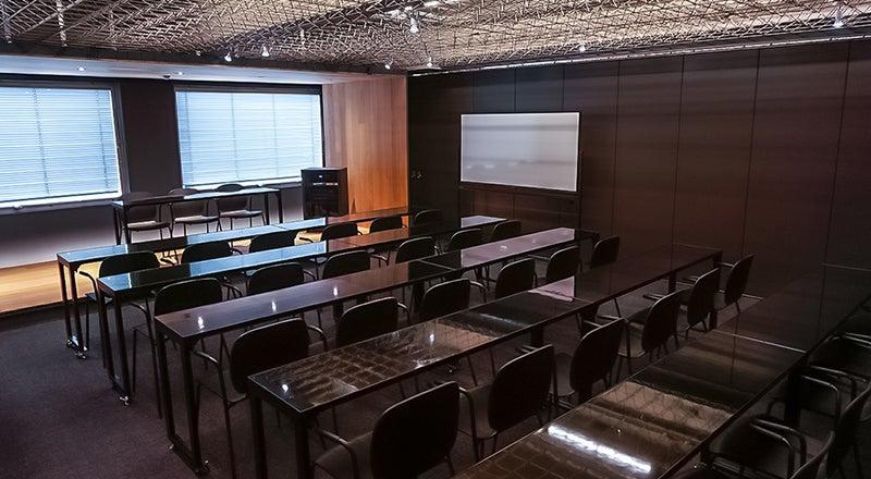 完全貸切スペース最大30名入室!撮影、セミナー、イベント会場に最適!電源Wi-Fiあり(Lab Z)