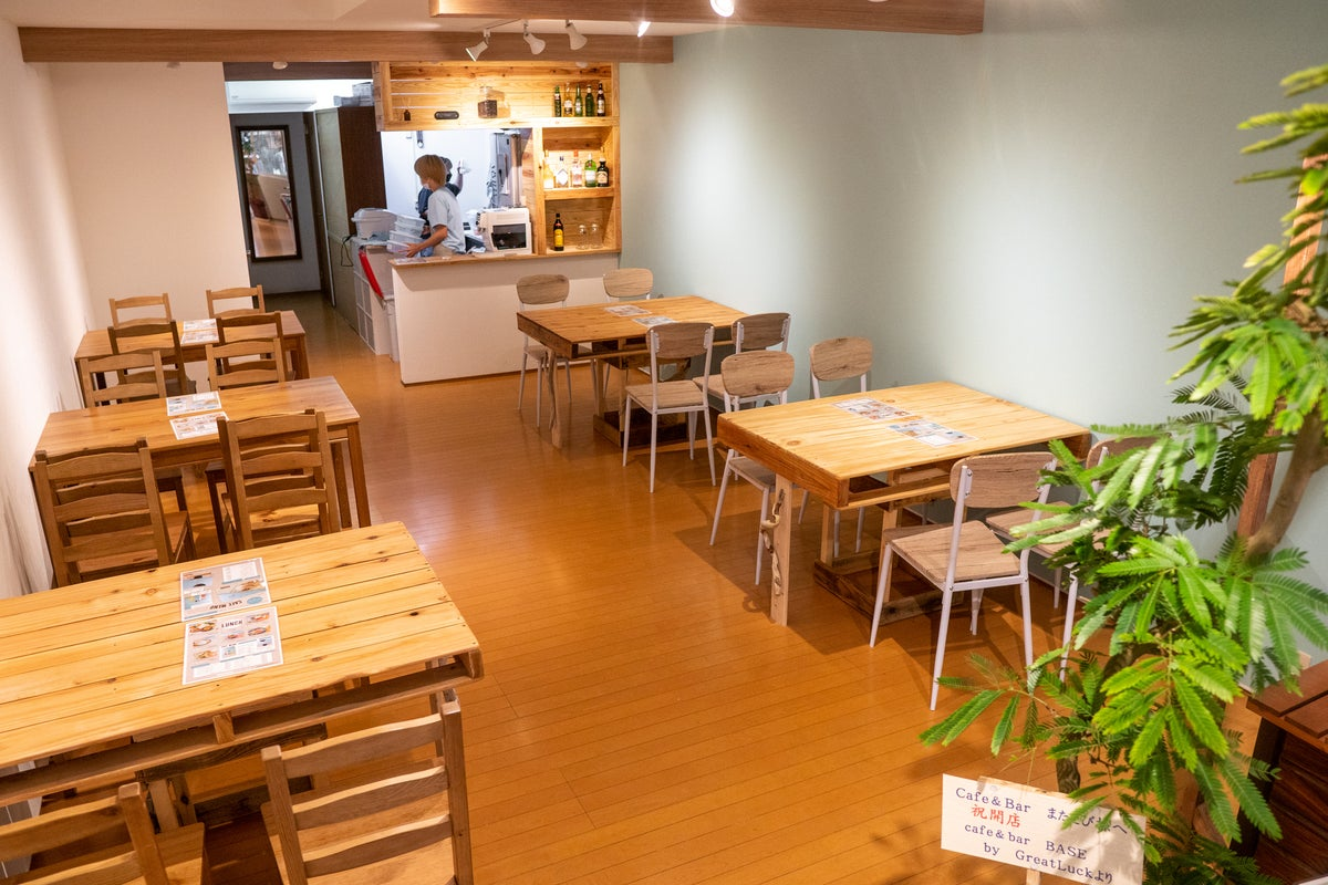 JR和歌山駅から徒歩3分!話題のカフェバーを貸し切り! の写真