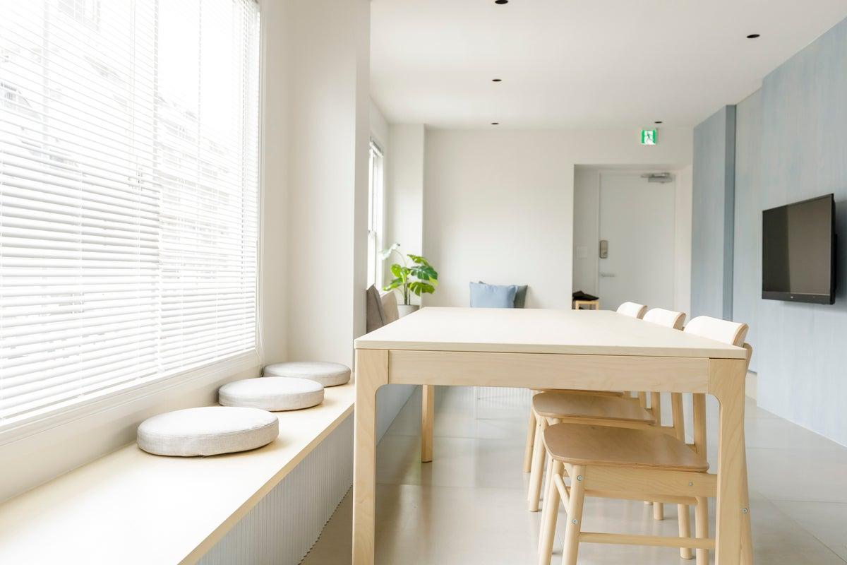 自然光が豊富なハウススタジオ Re:ONcE Shibuya 2F by zens の写真
