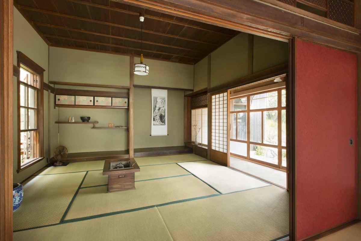呉服屋の奥座敷を鎌倉へ移築。静かな谷戸で130年の時を慈しむ。 の写真