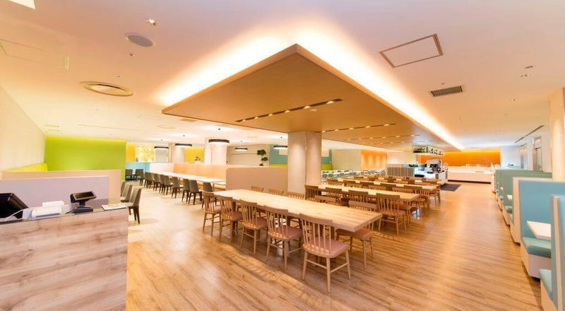 大阪 / なんば  着席190名、立席250名の大型レストラン。パーティ・イベントに