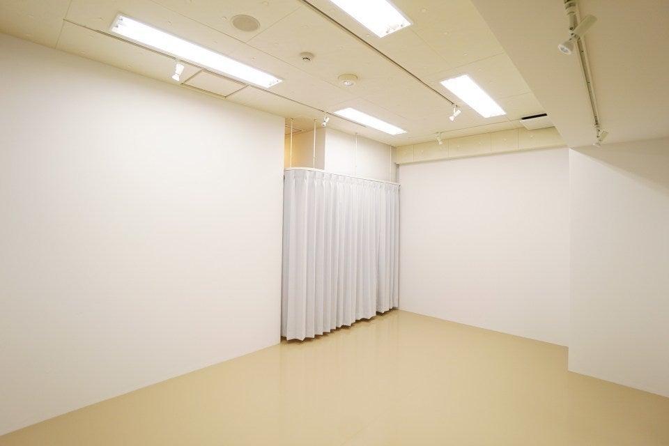 渋谷駅から徒歩3分!シンプルで綺麗なスペース!プライベートレッスンや定期的なセミナー、ミーティング、フィッティングなどに! の写真