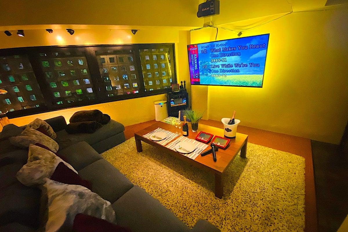 セカンドハウスのVIPルーム★完全個室ソファ×カラオケ★飲食店口コミサイトで全国1位獲得店!★ の写真
