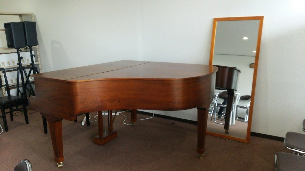 【群馬・前橋】グランドピアノのあるレンタルスペースで趣味のイベントはいかがですか?(前橋まちなか音楽館) の写真0