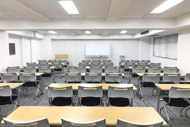 【新横浜駅徒歩3分】新横浜ホール(第九会議室) / 横浜 会議室 換気可 の写真