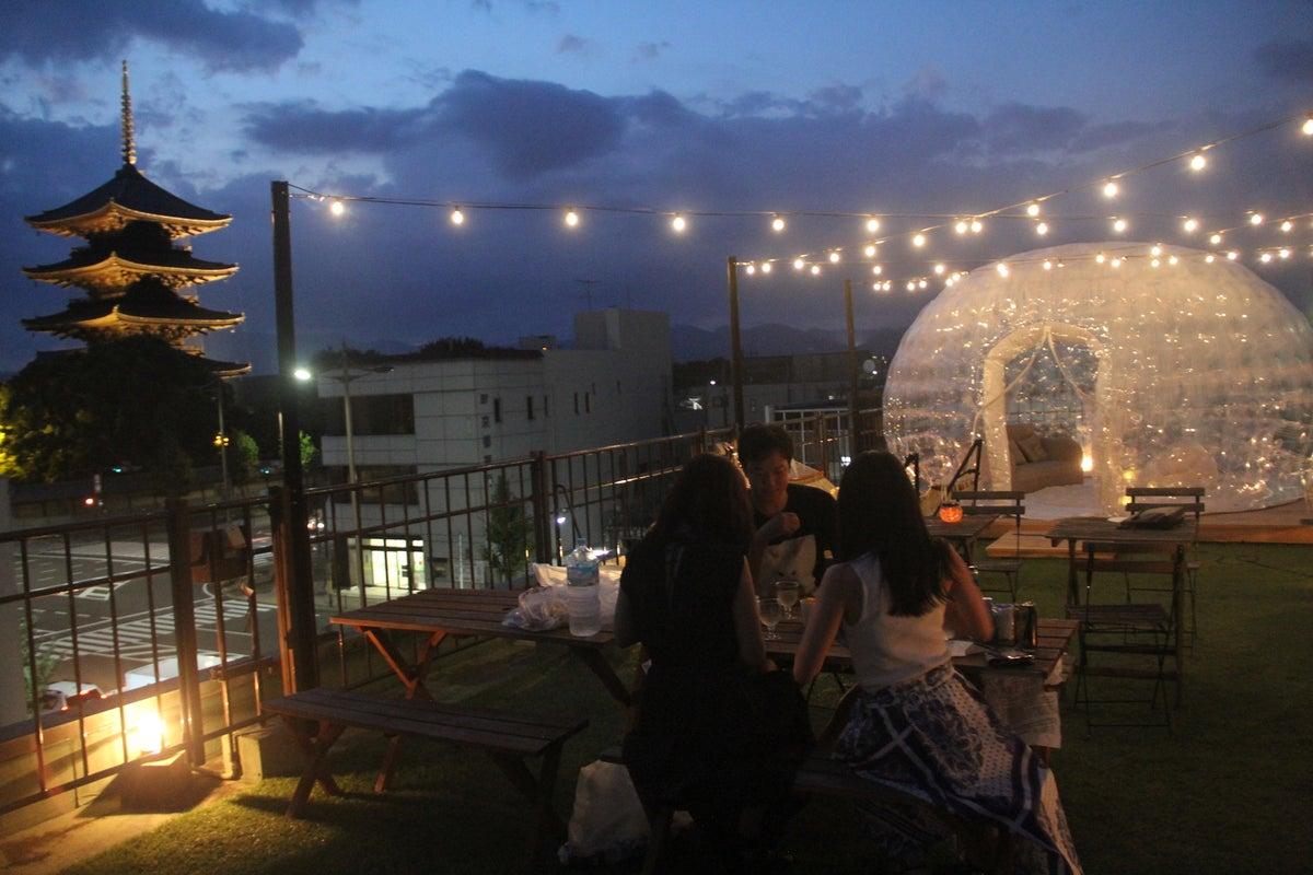 東寺を眺める最高の景観!ホステル屋上貸切スペース!飲み会、グランピング、各種イベント等向け! の写真