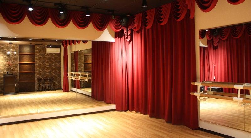劇場型スタジオ「Studio CherryTree」