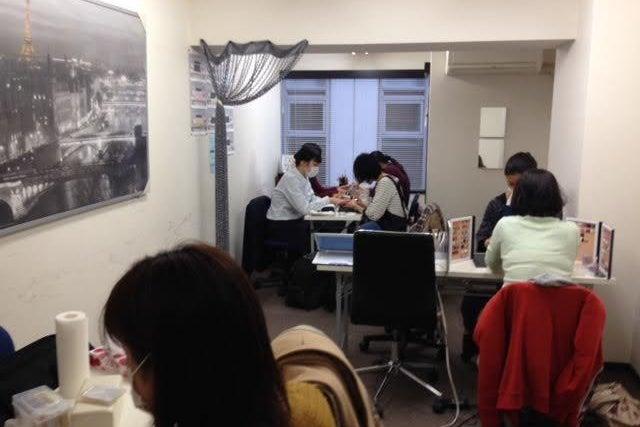渋谷駅徒歩5分 ネイル検定の練習やゲーム利用に!ネイル練習仕様レンタルスペース アパレル展示販売会や少人数セミナーもOK(ネイルスタジオ道玄坂) の写真0