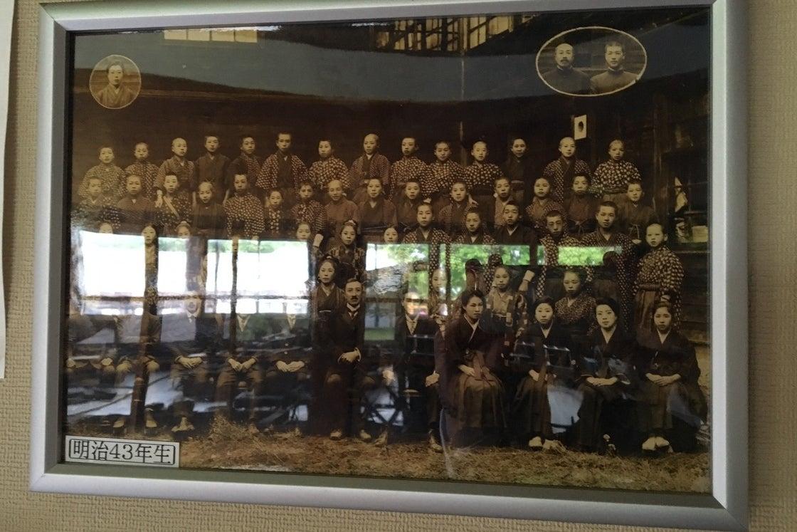 【秋田・湯沢市】築110年、当時の雰囲気に思いを馳せられる小学校 (湯沢市指定文化財) の写真