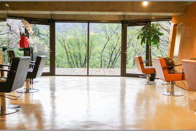 「箱根」大自然に囲まれた隠れ家サロン*半地下1階* の写真