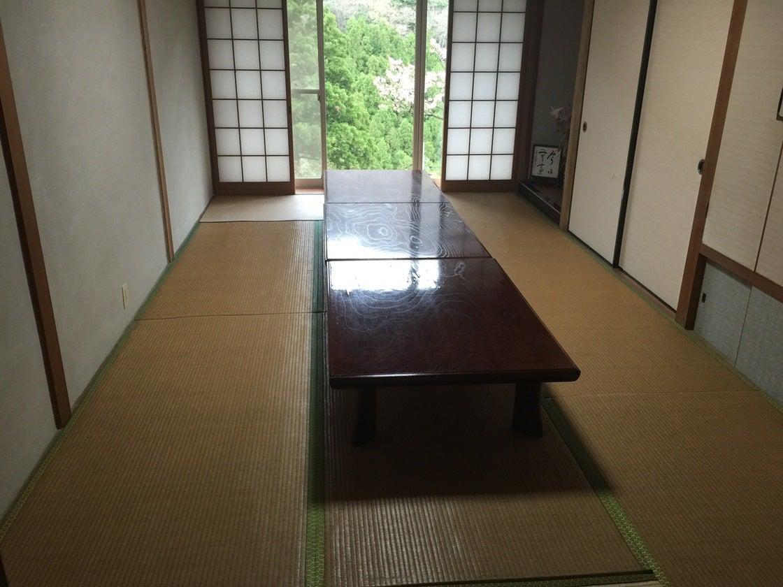 【鳥取】落ち着いた時間が流れる宿坊で日常を離れて修行をしてみませんか?/部屋1(皆成院) の写真0