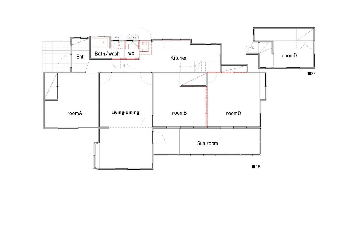 384㎡の贅沢な空間:離れ付きの庭とサンルームのある邸宅 の写真