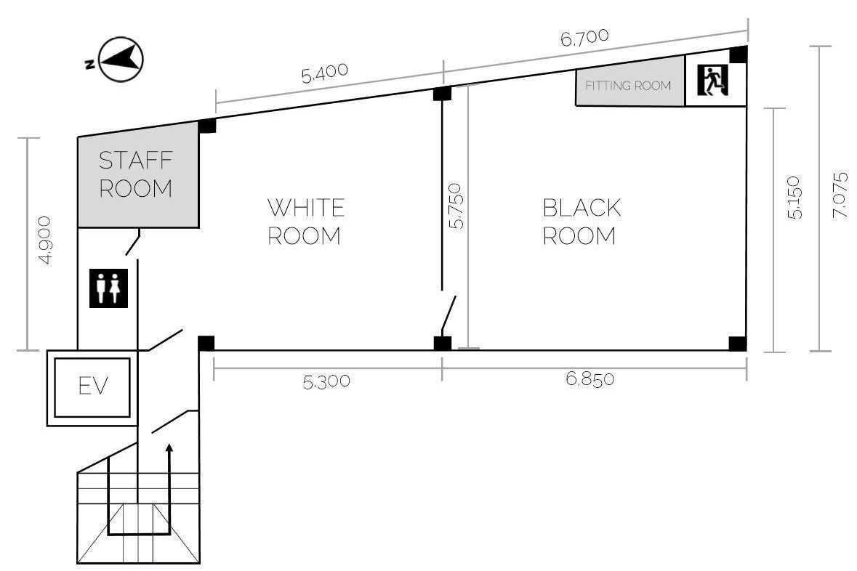 【堺筋本町徒歩3分】ビル最上階貸切!ホワイトとブラックの2部屋。手塗り白壁白床・黒壁黒床の撮影スタジオ の写真