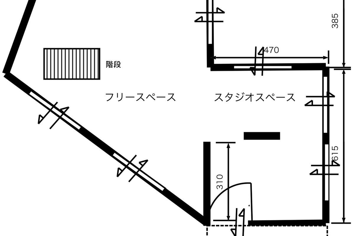 【阪急逆瀬川駅すぐ】100インチプロジェクター完備。セミナーやワークショップなどにご利用ください。 の写真
