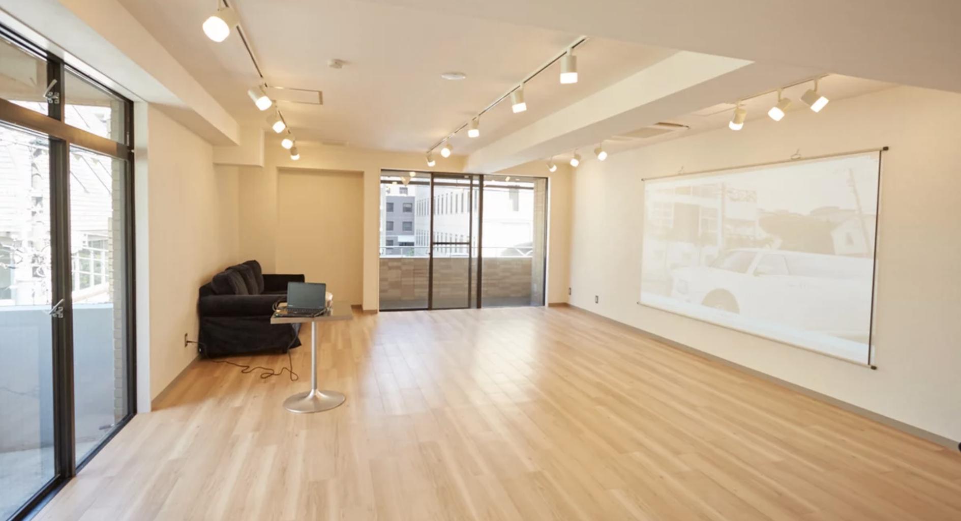 【新潟県で貸切】プロジェクター完備の貸切パーティースペース・個室