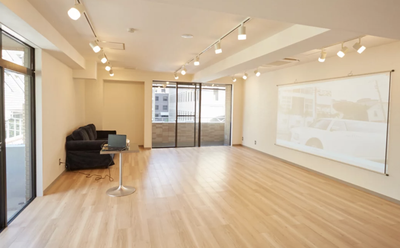 【萩原天神で貸切】プロジェクター完備の貸切パーティースペース・個室