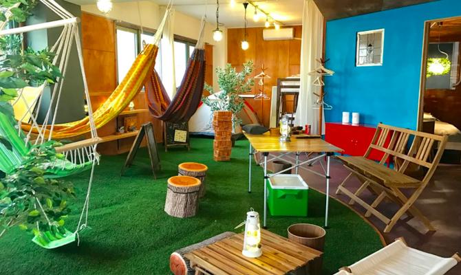 Indoor Camp & Gramping Space