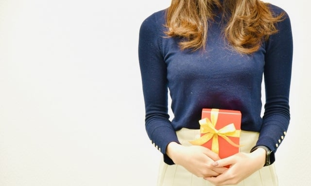 バレンタインに6割もの人がチョコ以外のギフトを!? 特別な2021年にサプライズバレンタインを!