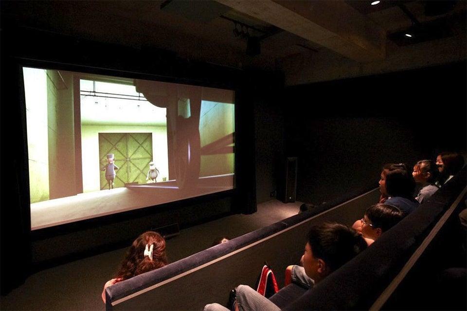浅草で映画を楽しめるシアタースペース