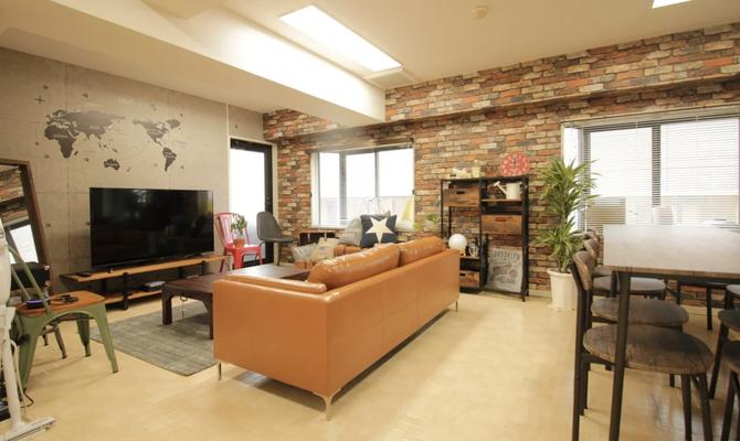 BRICKS PARLOR 新宿三丁目